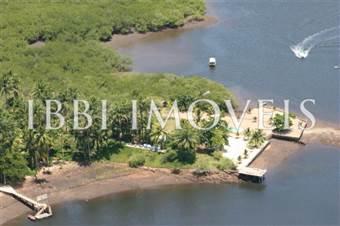 Ilha com área de 73.000 m2
