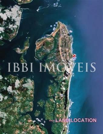 15 ettari di terreno con waterfront