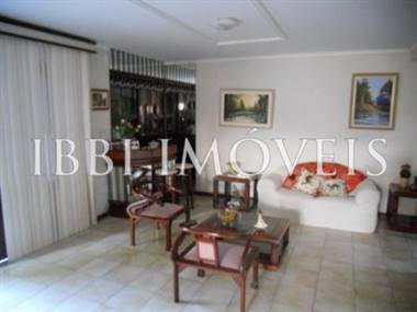 House with 4 bedrooms and 4 Bedrooms in Vilas do Atlântico