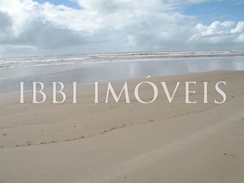 Linda área em Canavieiras com 60m de praia