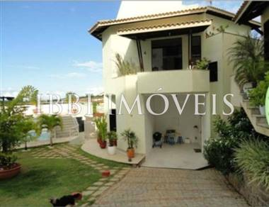 4 bedroom triplex house Patamares