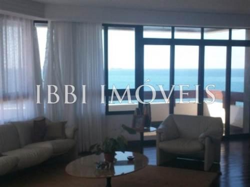 Ótimo Apartamento co 4 suítes no Rio Vermelho