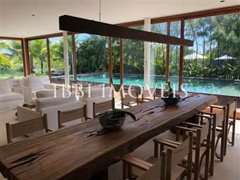 Bela Casa Em Condomínio Frente Mar