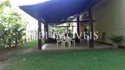 Casa Com 4 Suítes Em Condominio De Luxo