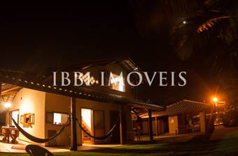 House In Exclusive Condominium