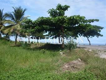 Terreno Beira Mar Em Perfeita Localização No Centro De