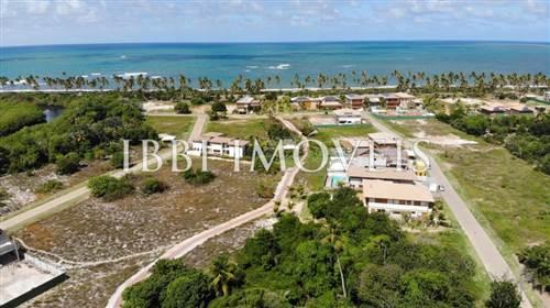 700M² Plot in Beira Mar Condominium