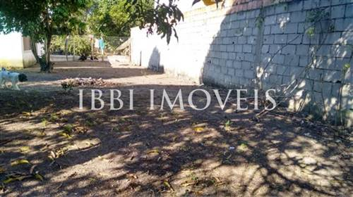 240m² of land in district Cambolo